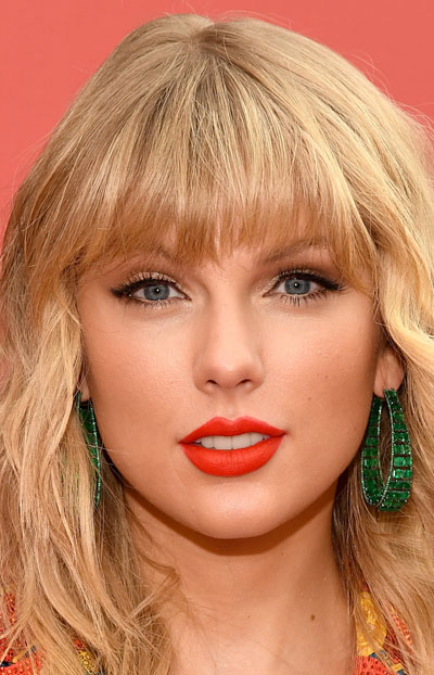 Taylor Swift (Тейлор Свифт)