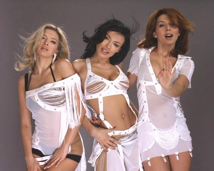 eroticheskoe-foto-gruppi-assorti